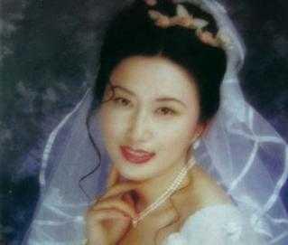 毛新宇的婚姻 郝明莉犯了什么罪